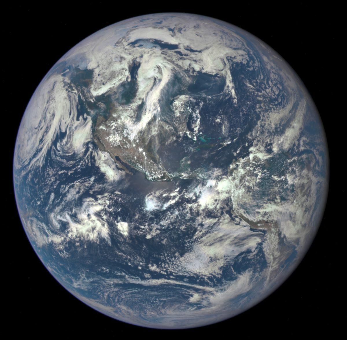 Google Earth, Prezi